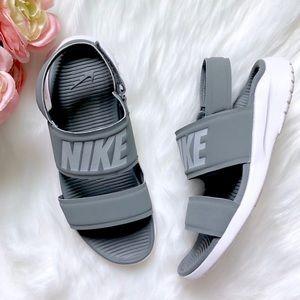 Size 7 NIKE Gray Tanjun Athletic Sneaker Sandals